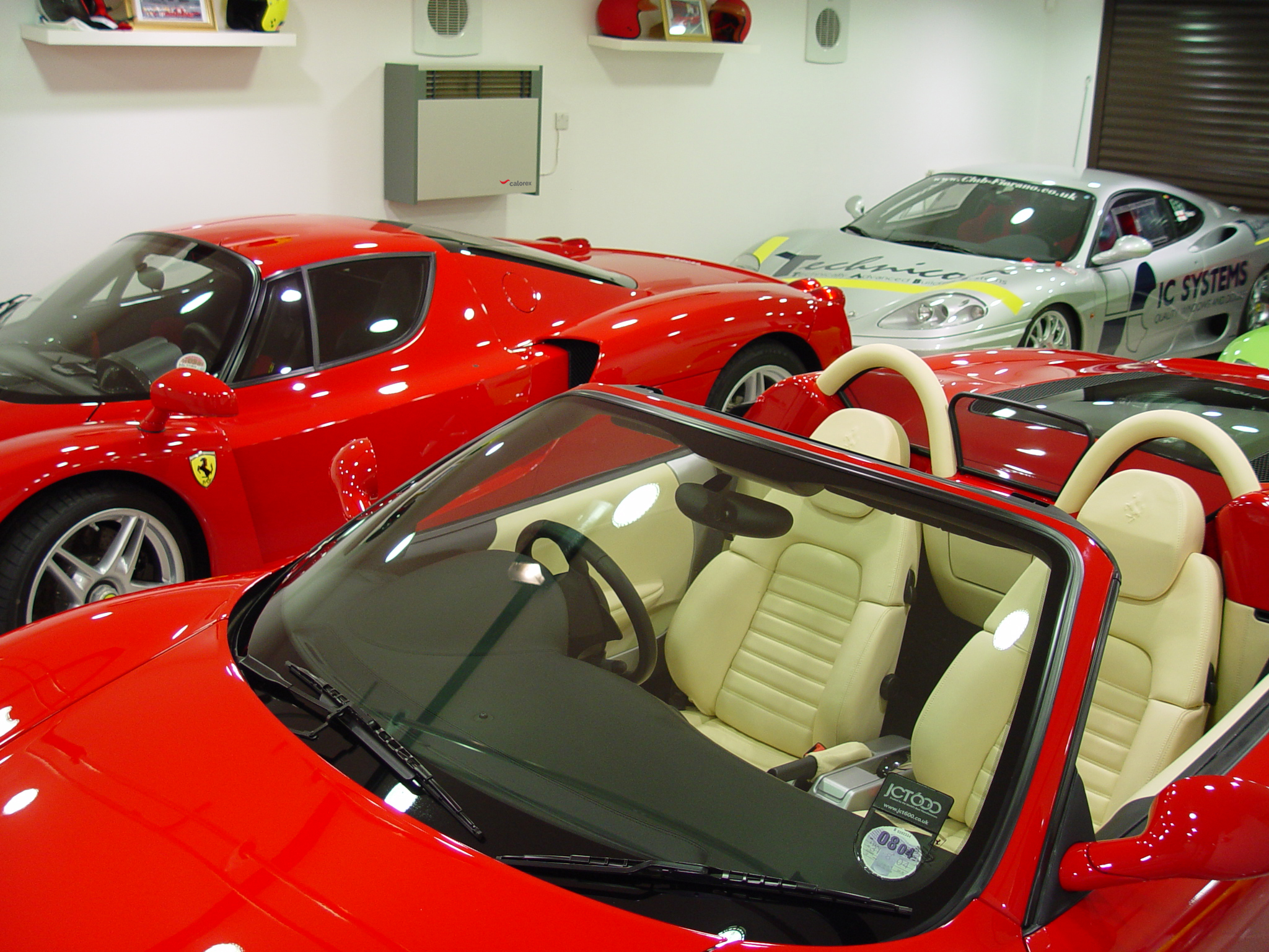 Calorex DH 30 Ferrari Garage (New logo)